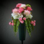 summuer.vase.carnations
