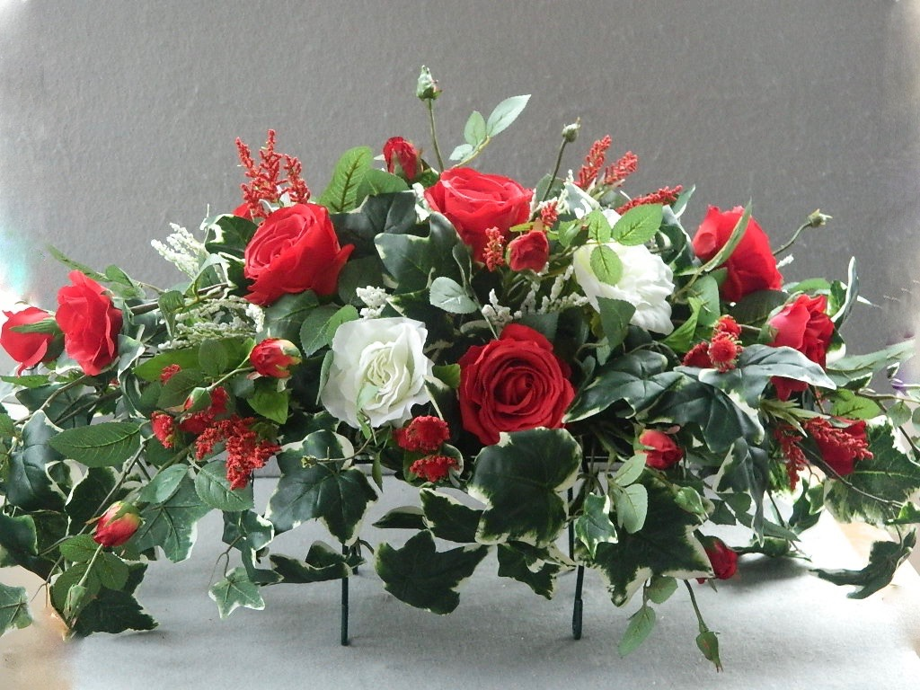 custom.summer roses and ivy